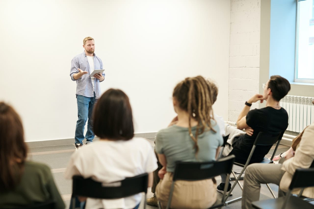 There are programs to help you continue substance abuse treatment after prison.